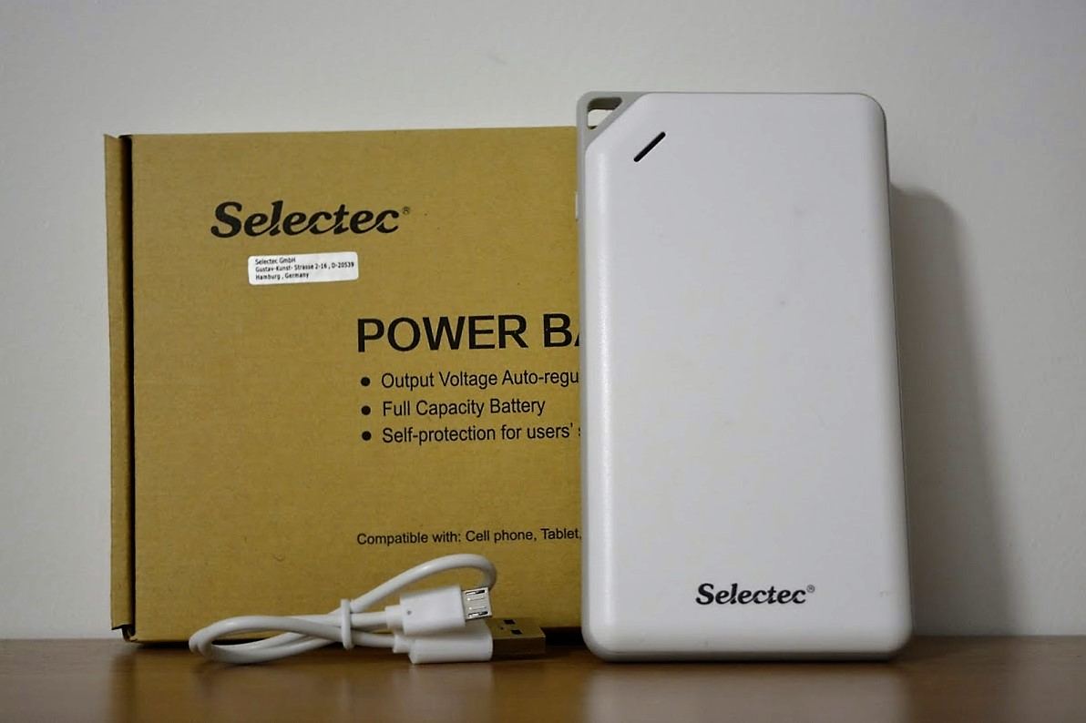 Selectec Portable Power Bank Charger (1)2